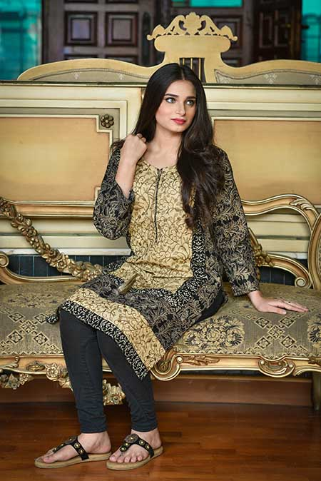 clothing-product-photographers-in-karachi